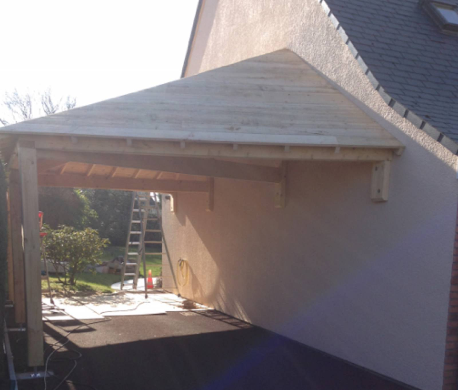Construction D Une Charpente Traditionnelle Pour Un Garage ~ Construire Une  Charpente En Bois